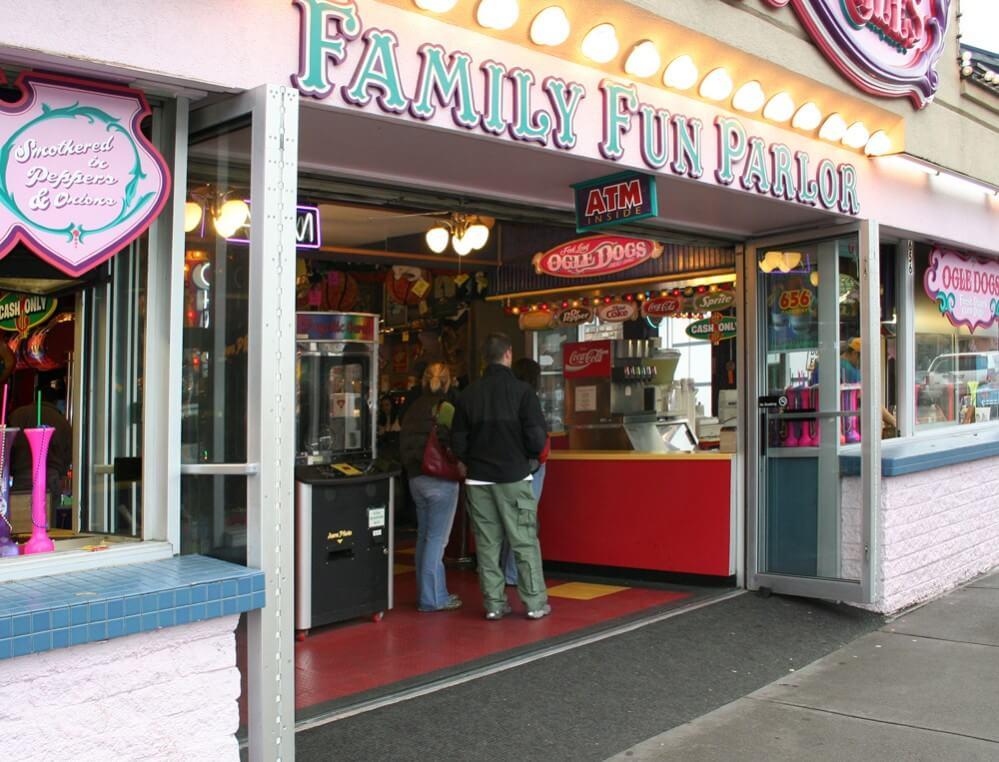 Fannie Farkle's Fun Parlor