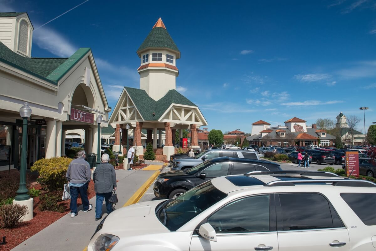 Tanger Outlets Sevierville TN