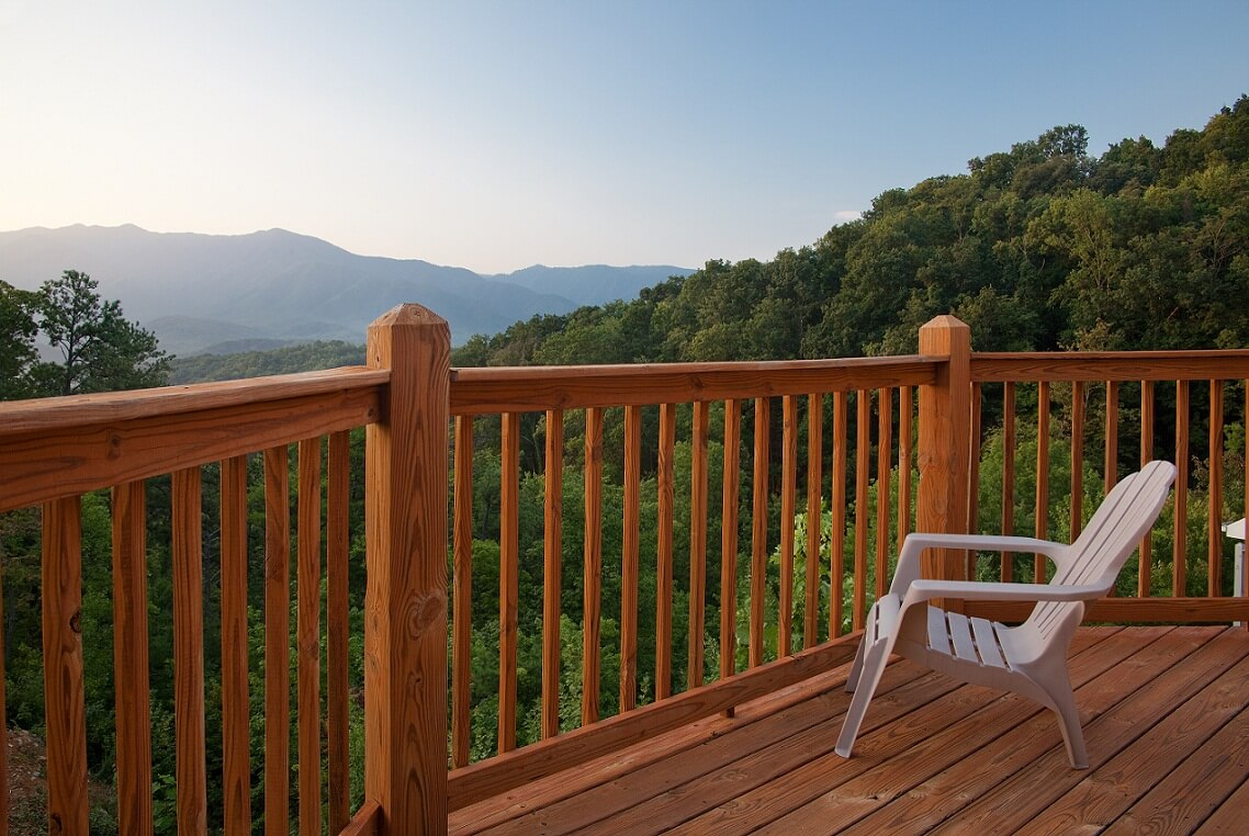 Mountain Rentals of Gatlinburg Deck Image