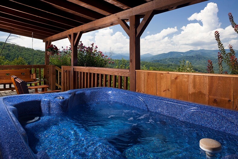 Mountain Rentals of Gatlinburg Hot Tub Image