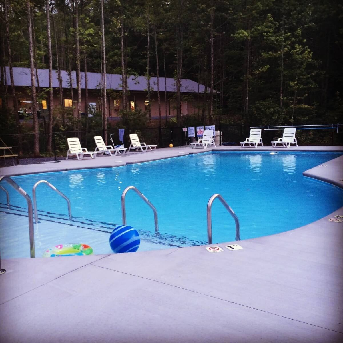 Smoky Mountain Premier RV Resort Pool