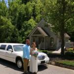 Wedding-Bell-Chapel-Couple-Limo