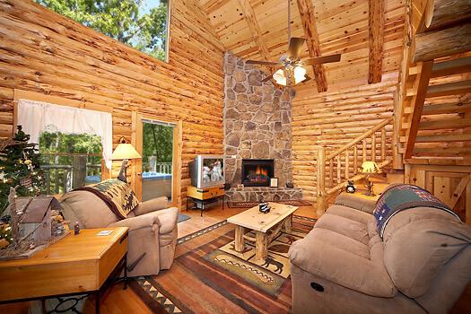 Maples-Ridge-Cabin-Inside-Fireplace