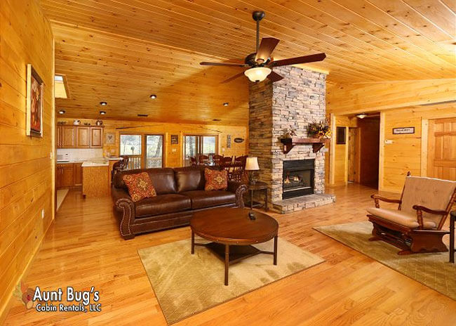 Heavenly Creekside - Aunt Bug's Cabin Rentals