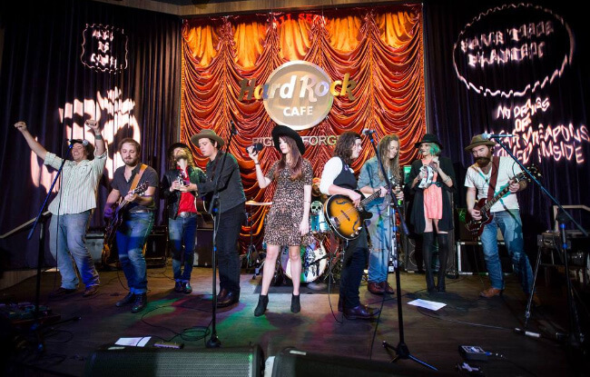 Hard Rock Cafe - Music in Pigeon Forge