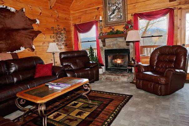 Bear Scootin Boogie Cabin - Hearthside Cabin Rentals