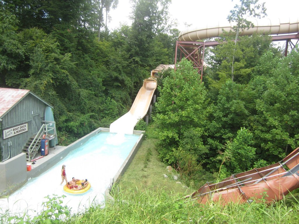 Dollywood's Splash Country - Raft Ride