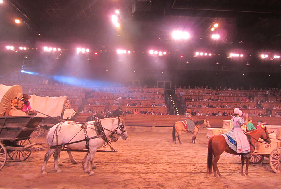 Dixie Stampede Wagons