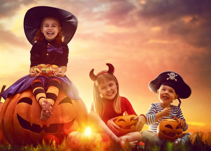 4 of the Best Places to Trick or Treat in the Smokies