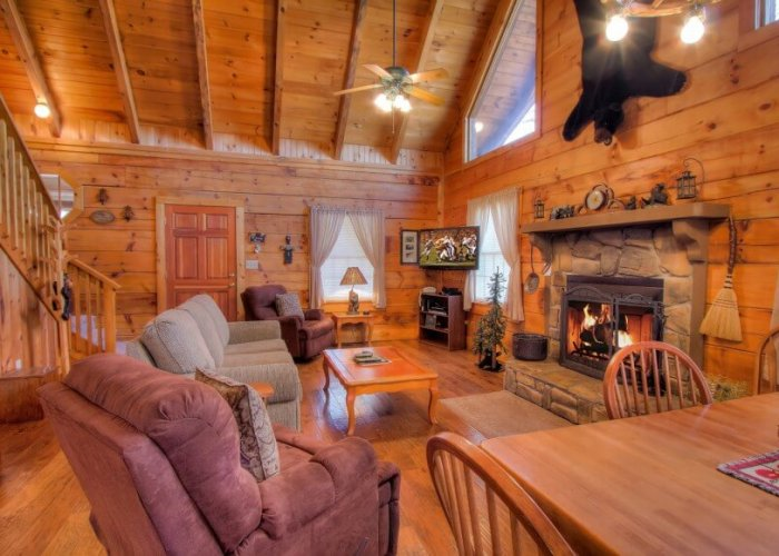 Stay in These 4 Cozy Pigeon Forge Cabins & Gatlinburg Cabins