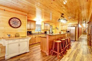 Beautiful Kitchen at Auntie Belhams Cabin Rentals