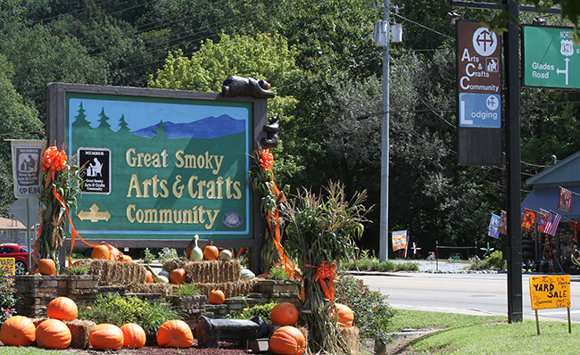Things to do in Gatlinburg - Great Smoky Arts & Crafts Community