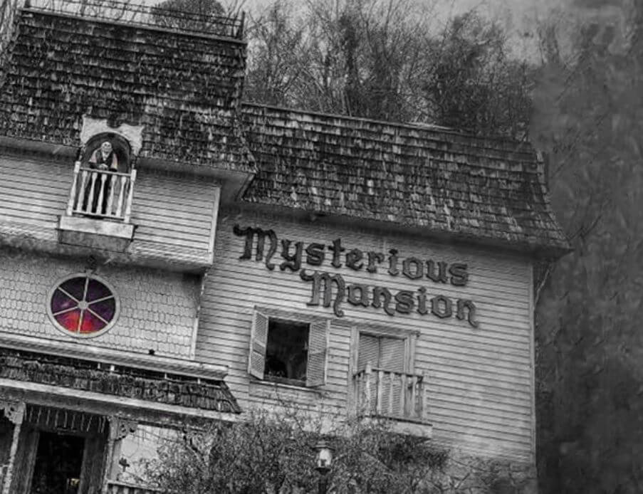 Things to do in Gatlinburg - Gatlinburg Mysterious Mansion