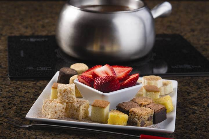 fondue at melting pot gatlinburg