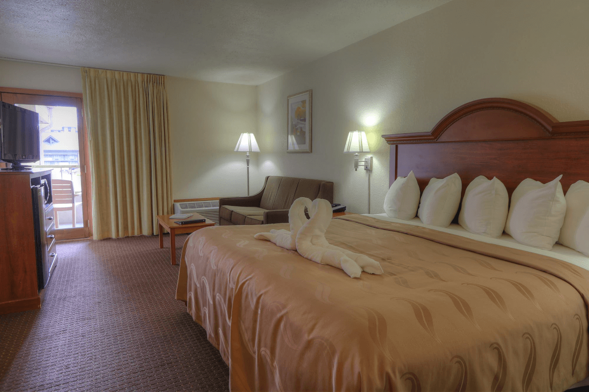 Quality Inn and Suites at Dollywood Lane - Pigeon Forge