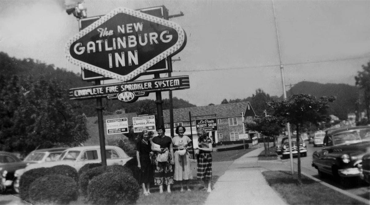 black and white photo of the Historic Gatlinburg Inn
