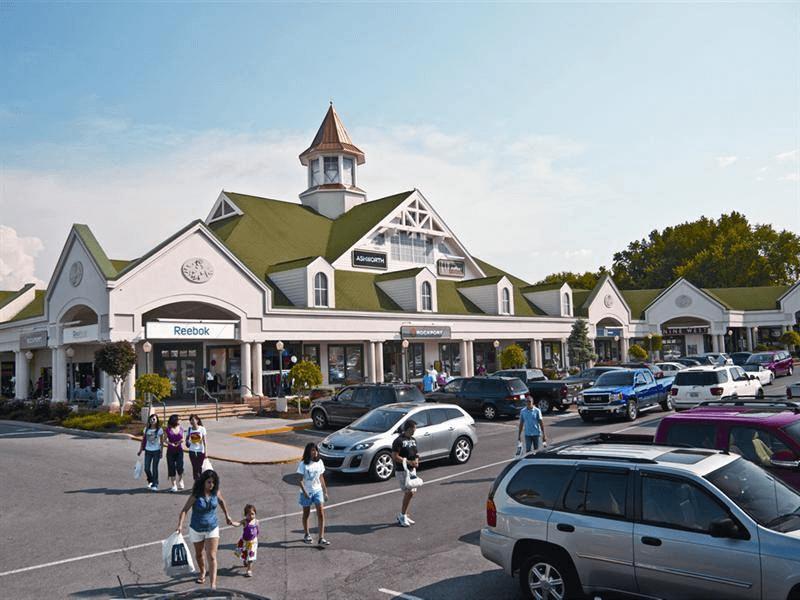 stores near Sevierville