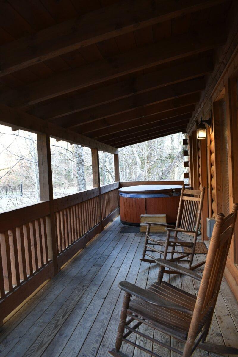 Smoky Mountains Log Cabin