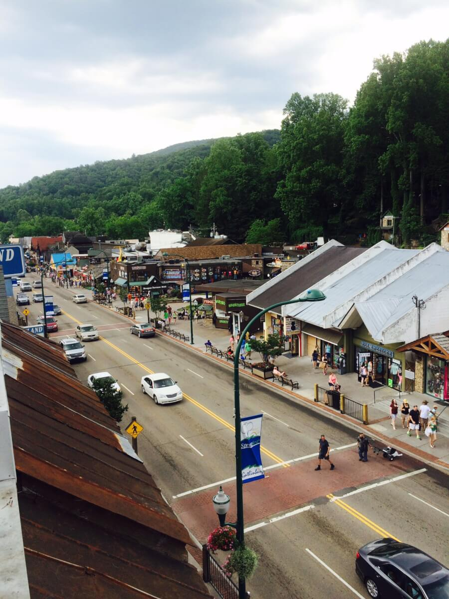 shops in the Smoky Mountains
