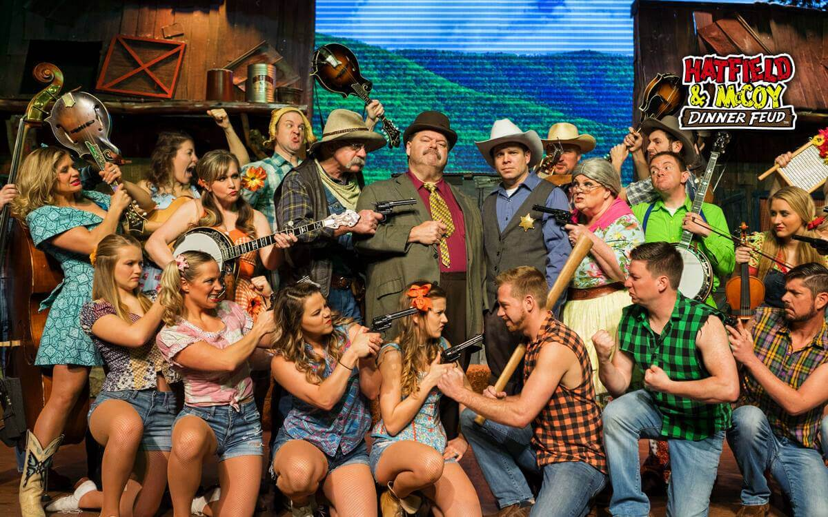theatrical performance at Hatfield and McCoy Dinner Feud